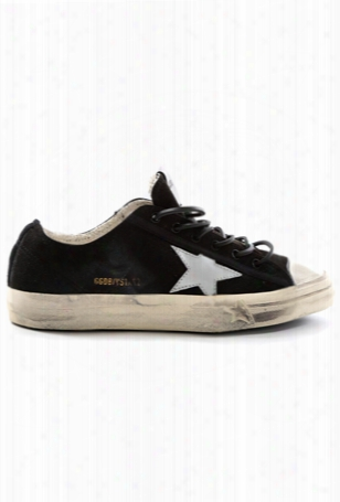 Golden Goose V-star Low Sneaker
