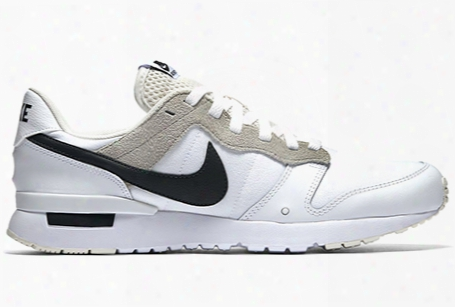 Nike Archive 83.m