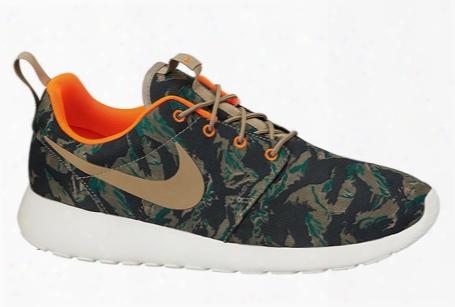 Nike Roshe Run Tiger Camo