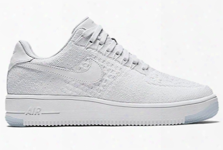 Nike Wmns Air Force 1 Flyknit Low