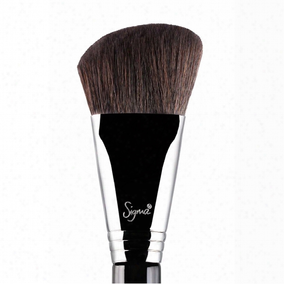 Sigma Beauty F23 - Soft Angled Contour