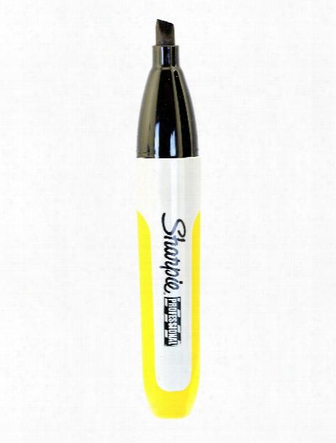 Professional Chisel Tip Marker Black Each