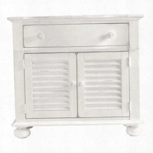 Stanley Coastal Living Retreat Summerhouse Chest In Saltbox White