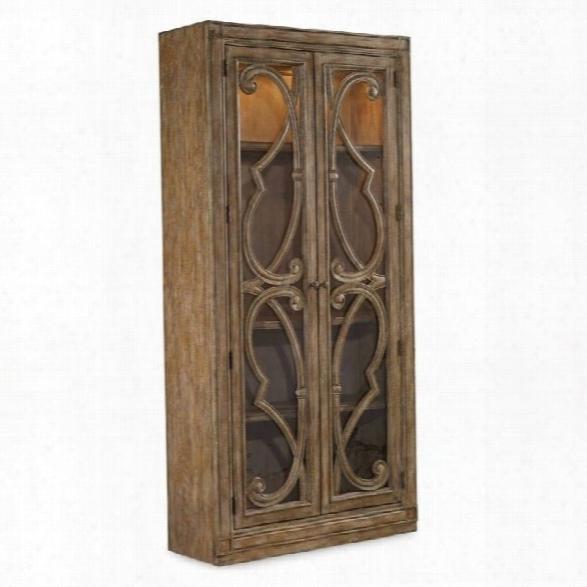 Hooker Furniture Solana Bunching 2-door Curio Cabinet In Light Oak
