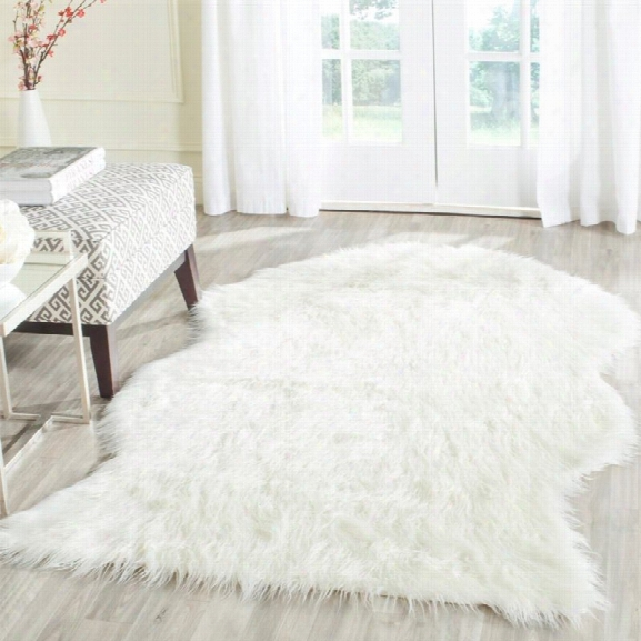 Safavieh Faux Sheep Skin 8' X 10' Power Loomed Acrylic Rug In Ivory