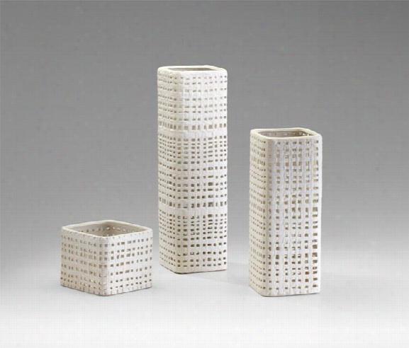 Cordova Vases Design By Cyan Design