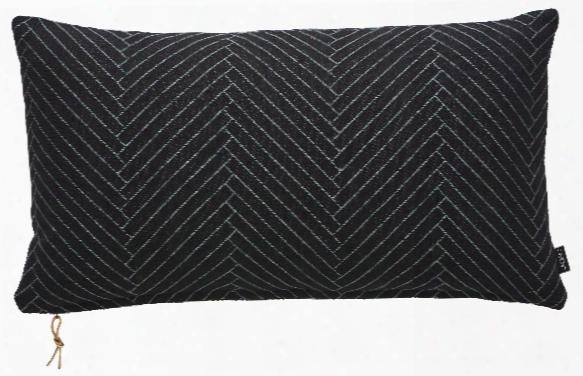 Fluffy Herringbone Pillow In Black Design By Oyoy