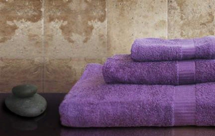 Set Of 3 Bamboo Towels In Purple