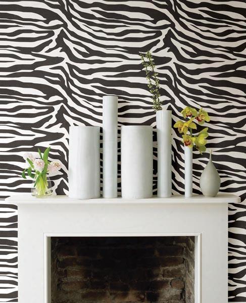 Zebbie White Zebra Print Wallpaper Design By Brewster Home Fashions