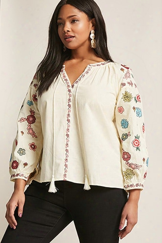 Plus Size Embroidered Floral Top