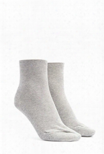 Ribbed Knit Crew Socks