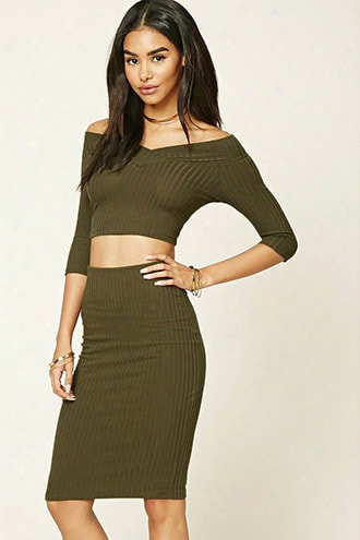 Ribbed Knit V-neck Crop Top