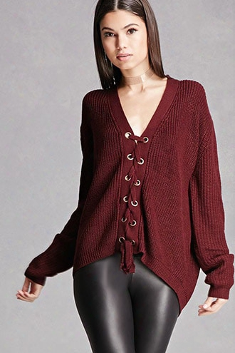 Lac E-up Grommet Sweater