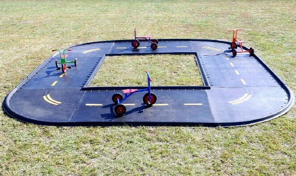 Daytona Square Trike Path