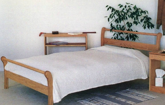 Rocky Mountain Sleigh Bed Oak - Twin