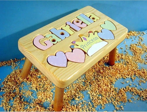 Personalized Name Princess Stool With 9-12 Letters - Natural