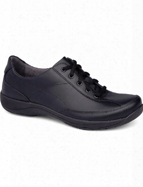Dansko Essex Black Leather Emma Clog - Black Leather - Female - Women's Scrubs