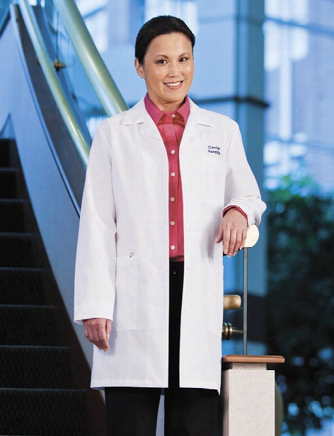 Meta Labwear Ladies 35 Inch Lab Coat - White - Female - Women's Scrubs