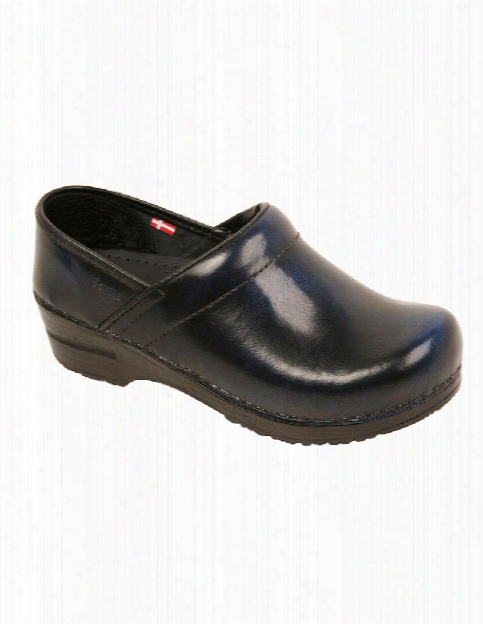 Sanita Professional Cabrio Clog - Black - Female - Women's Scrubs