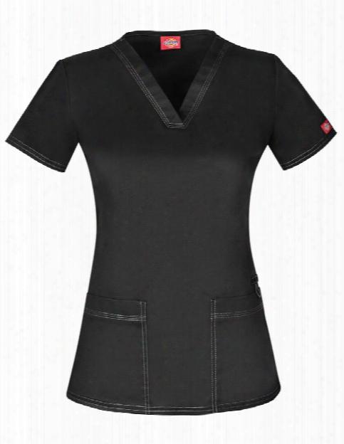 Dickies Genflex Contemporary Fit V-neck Scrub Top - Black - Female - Women's Scrubs