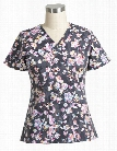 Vera Bradley Signature Painted Cut Vines Scrub Top - Print - female - Women's Scrubs